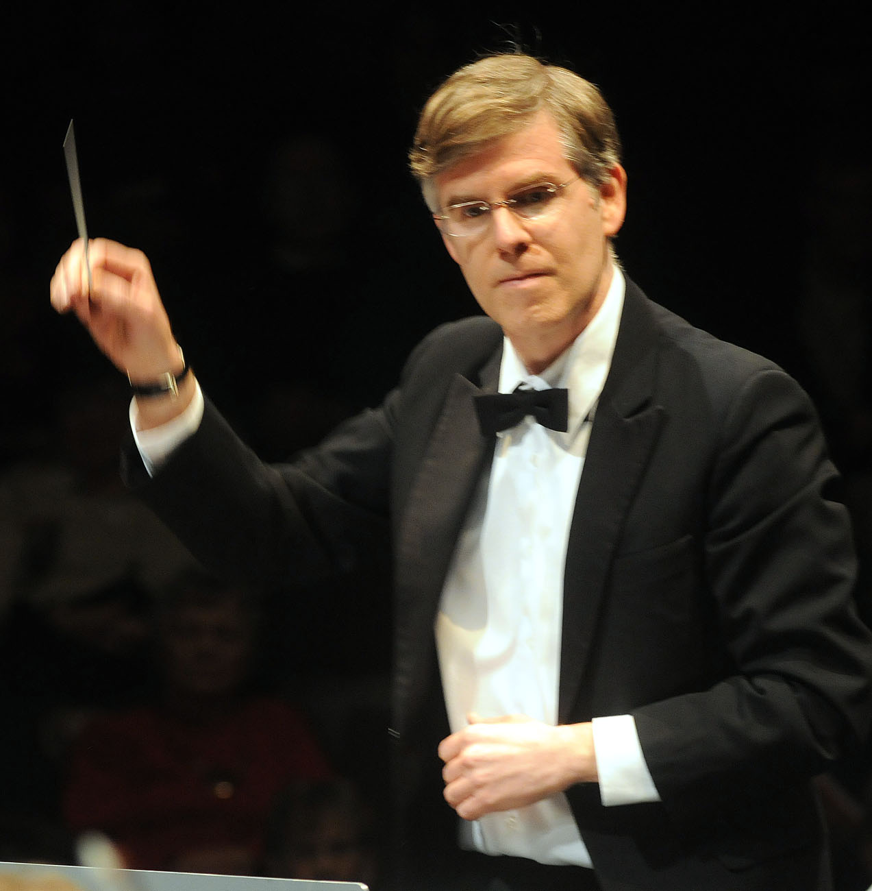 Ronald Royer conducting the Scarborough Philharmonic Orchestra